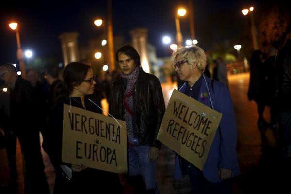 Turkish Authorities Intercept Hundreds of Migrants Trying to Cross Aegean