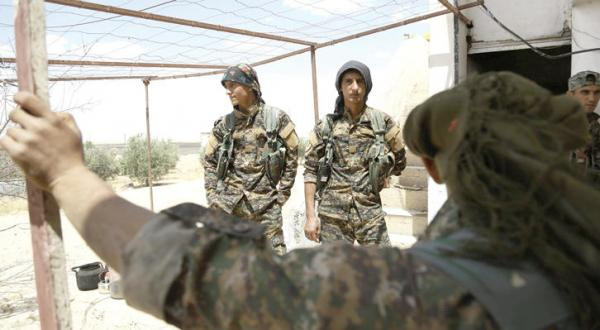 Syria's Kurds: Raqqa Will Go to Whoever Liberates It