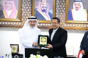Yemeni Prime Minister thanks King Salman for loyal support of Yemeni people
