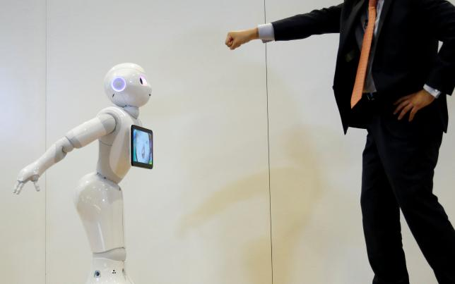 Developers Look to Widen Repertoire of Pepper, Japan's Laughing Robot