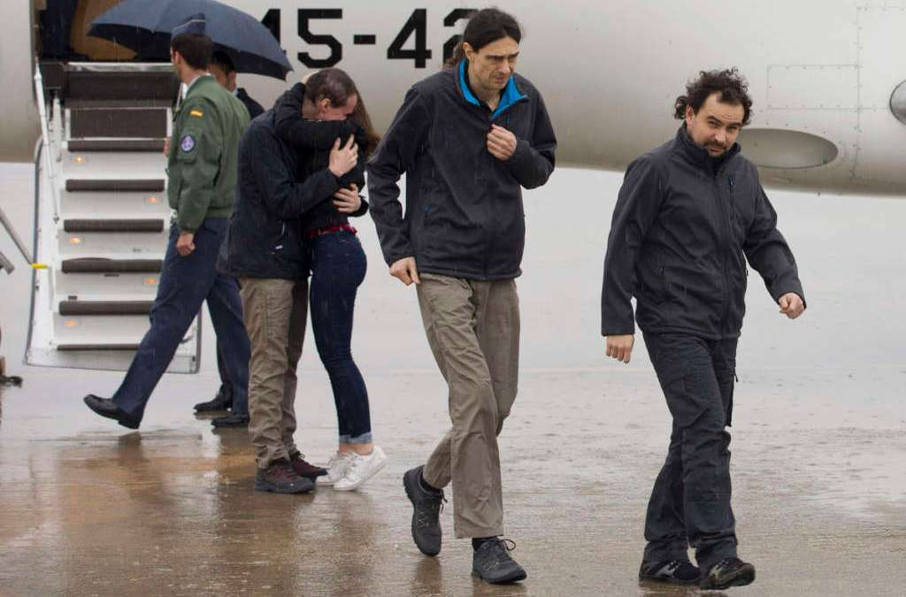 Spanish Reporters Return Home from Syria Captivity, Qatar Claims Mediation