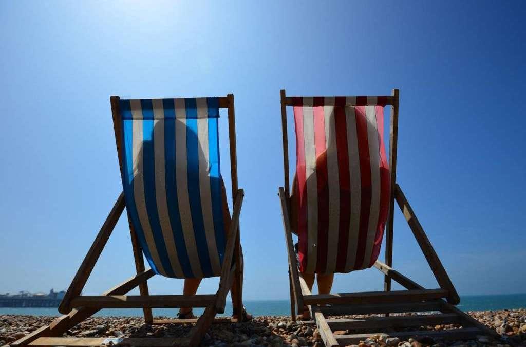 Heatwave Hits UK, Temperature Reaches 32C