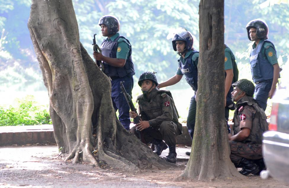 2 Men Arrested over Bangladesh Cafe Attack