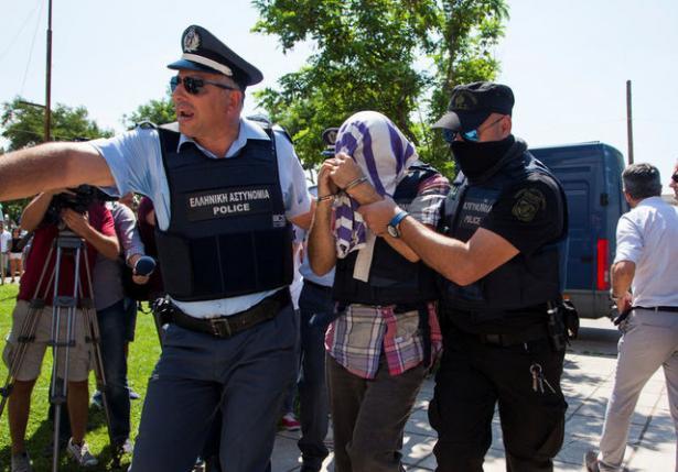 Turkish Defectors in Greece Win Asylum Case Delay