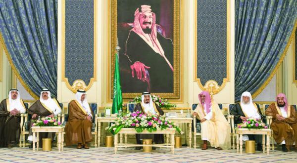 King Salman Receives Princes, Scholars, Officials, and Citizens