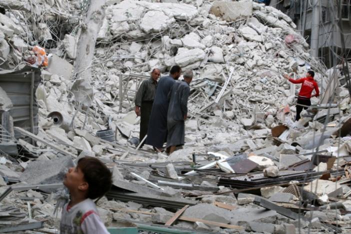 Death Toll Climbs in Aleppo following Fierce Air Strikes