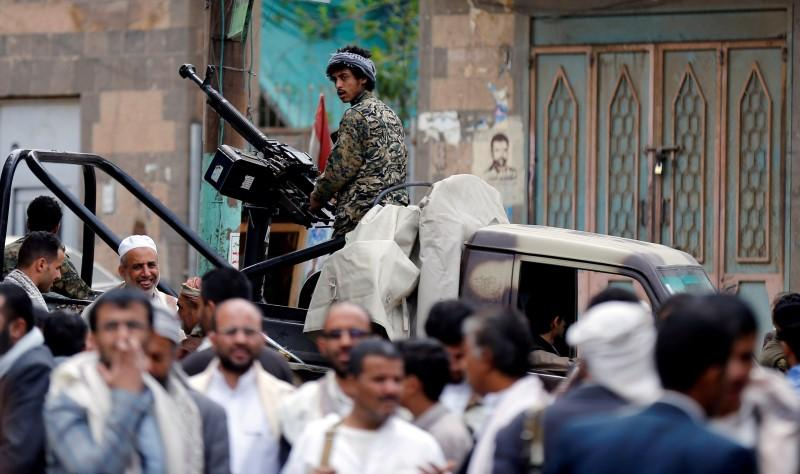 Iran-Aligned Houthis Violate 4 Ceasefires, Defy International Efforts