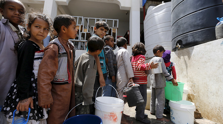 Houthis Prevent UNICEF Convoys from Entering Taiz