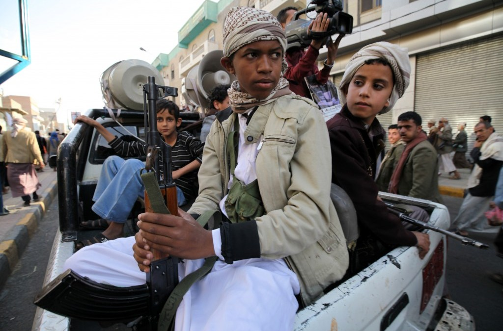 Yemeni Rebels Accused of Recruiting 10000 Child Soldiers