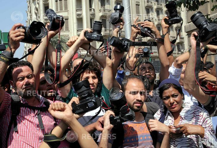 Rage in Egypt Following the Imprisonment Sentence of Press Syndicate Chief
