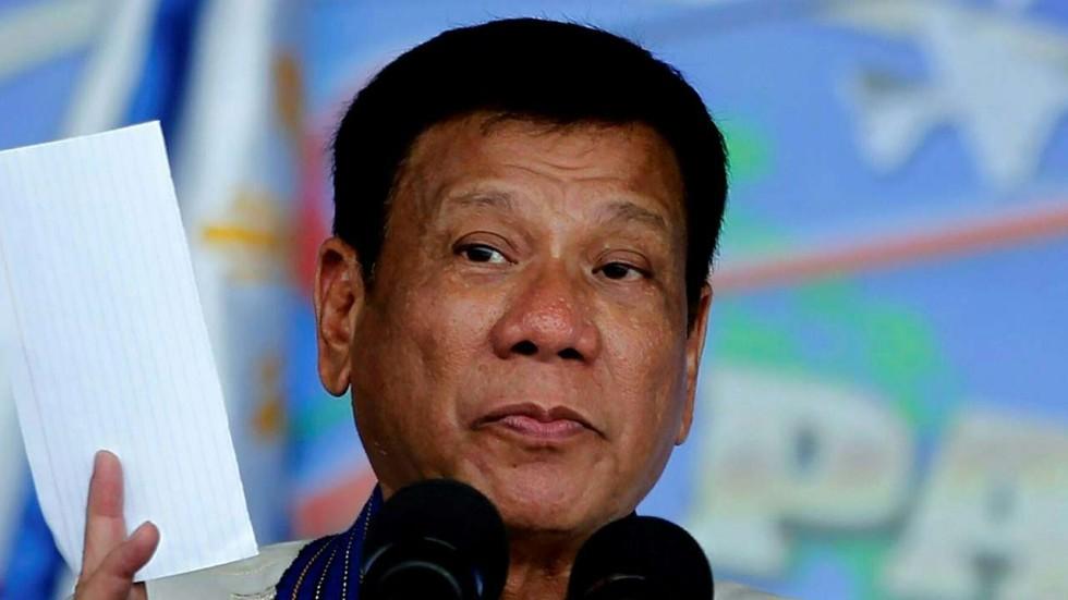 Philippines' Duterte Threatens to Follow Russia's ICC Exit