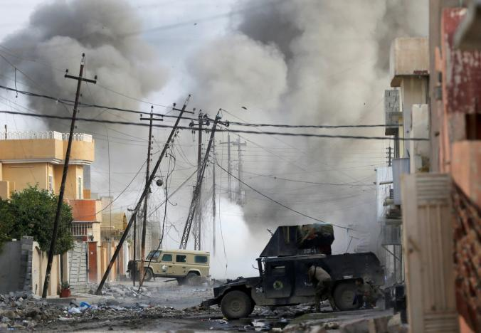 Iraqi Forces Struggle to Tell Friend from Foe in Mosul Street Battle