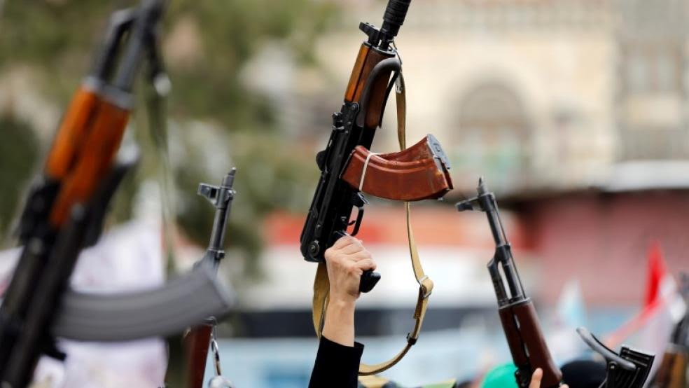 UAE Summons Iranian Envoy to Protest Arming of Houthis