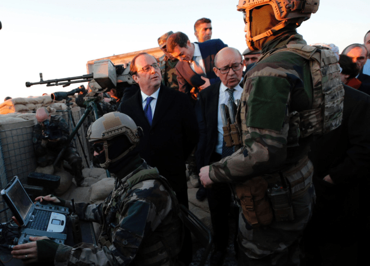 Hollande in the Line of Fire in Iraq