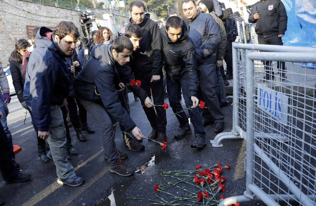 Gunman in Istanbul Attack may Have Trained in Syria as more Suspects Detained