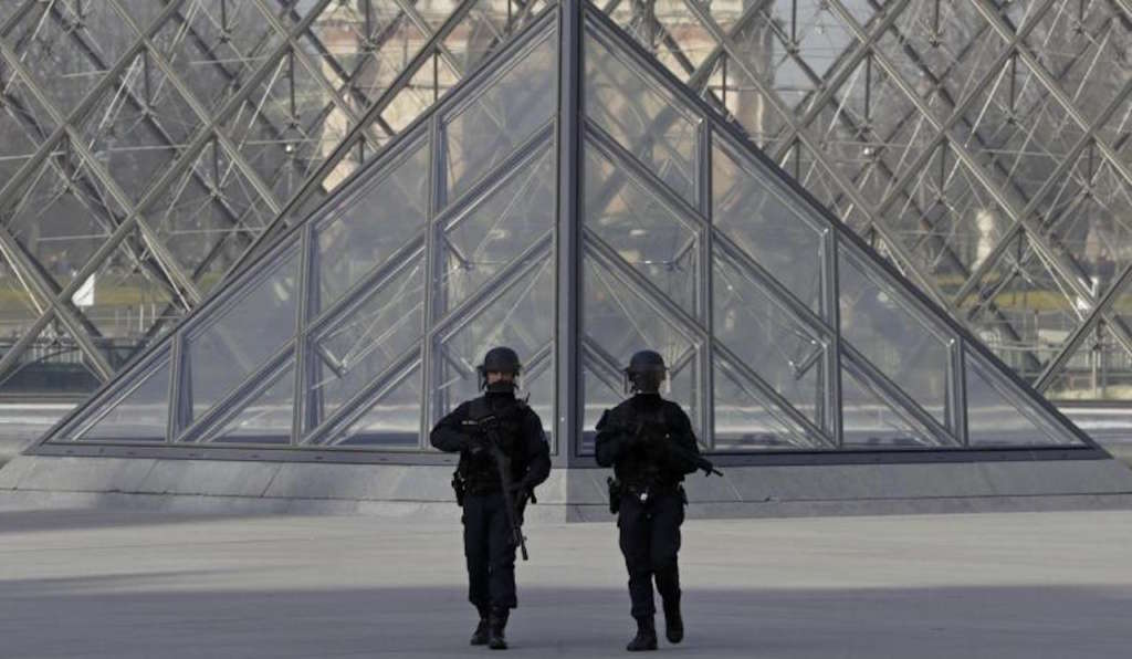 Egypt's Ministry of Interior Confirms Louvre Attack Suspect Is Egyptian