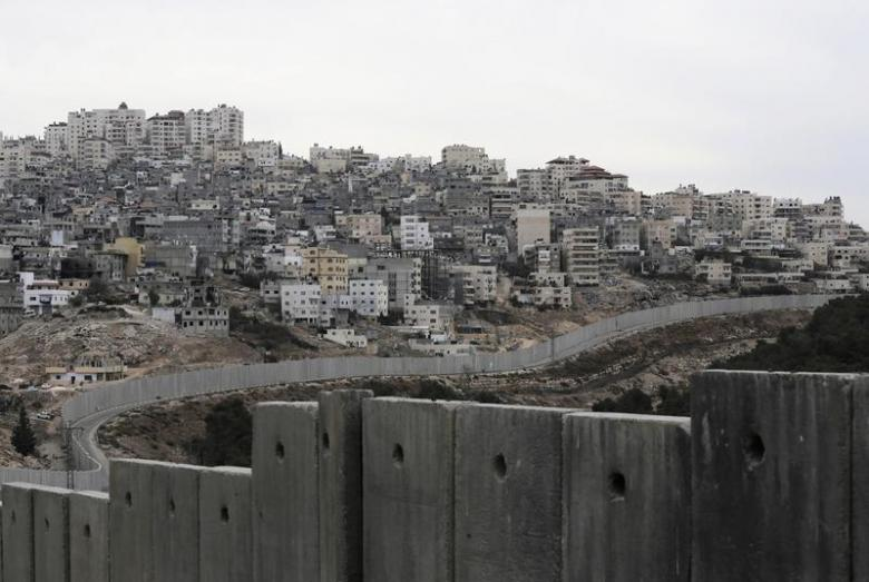 Israel to Build Wall with Gaza, Expects Hamas to Wage War