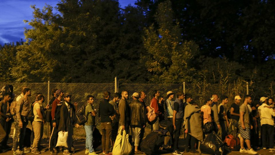 Hungary's Parliament Approves Measure to Detain all Asylum-Seekers