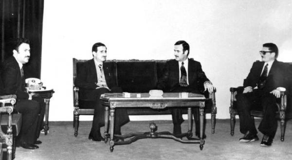 Kamal Jumblat to Assad: I Won't Enter your Big Golden Cage