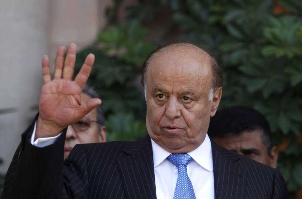 Hadi Calls Yemenis to Join Army to Conclude Liberation of the Country