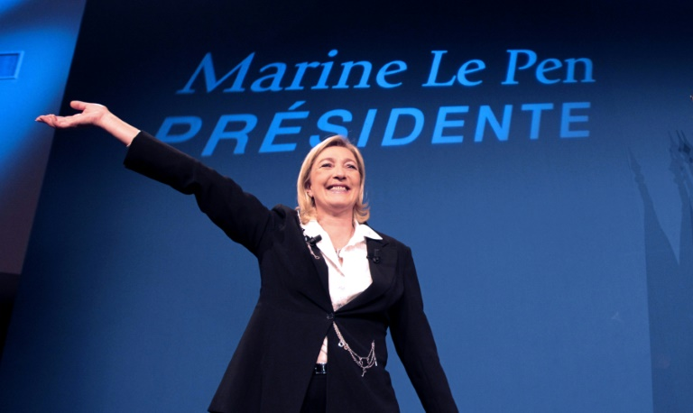 Le Pen Adopts Russia's Strategy on Syria, Sees No Alternative to Assad