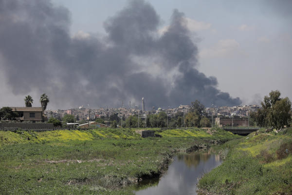 Iraqi Forces Waging Battle for Old City of Mosul with Drones
