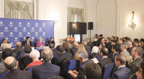 Yemeni Diplomat: Washington Aware of Size of Iranian Involvement in Yemen