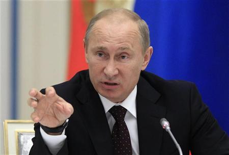 Putin Vows to Prevent 'Color Revolutions'