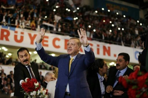Erdogan Steps into 2nd Term Heading AKP with Promises to Uphold Security, Fend off Terrorism