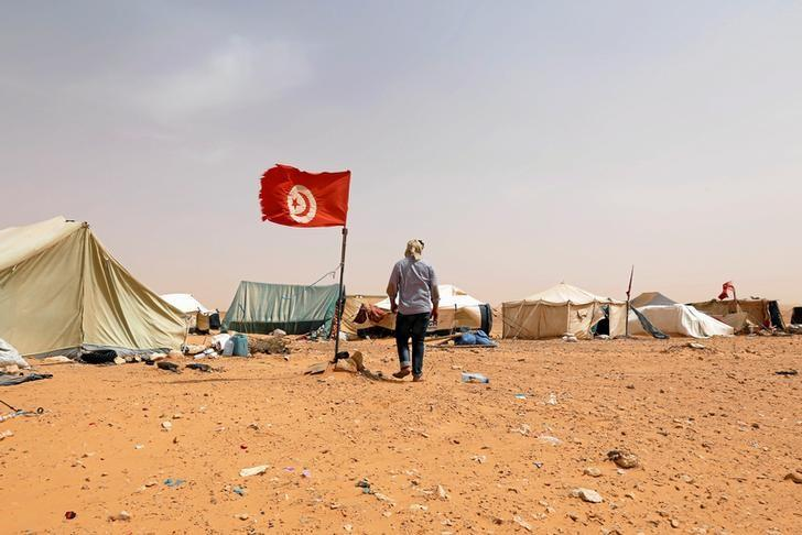 Tunisian Defense Ministry Warns it May Use Force to Protect Oil, Gas Facilities
