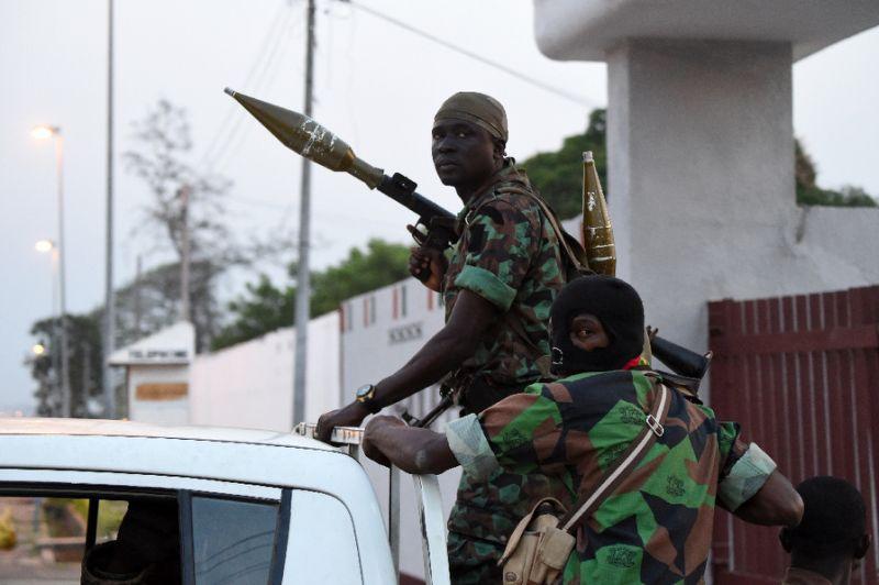 Ivory Coast Soldiers Revolt over Bonuses despite Apology to President