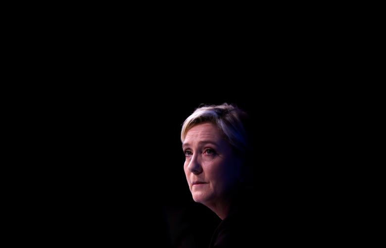 Le Pen Deliberately Lifts Part of Fillon Speech to Win over Conservatives