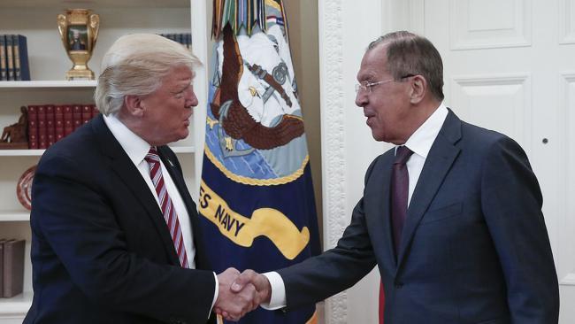 Washington to Lavrov: US Insists on 'Beheading Syria's Regime'