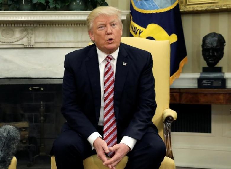 Trump Urges Russia to Restrain Assad Regime , Iran