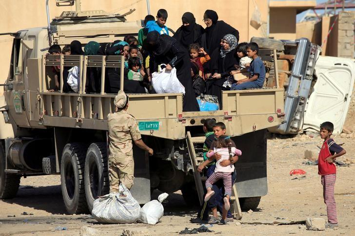 UN Fears 200,000 More Could Flee Mosul As Fighting Intensifies