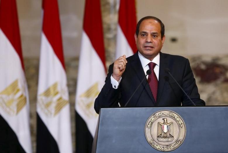 Egyptian President Starts Gulf Tour in Kuwait