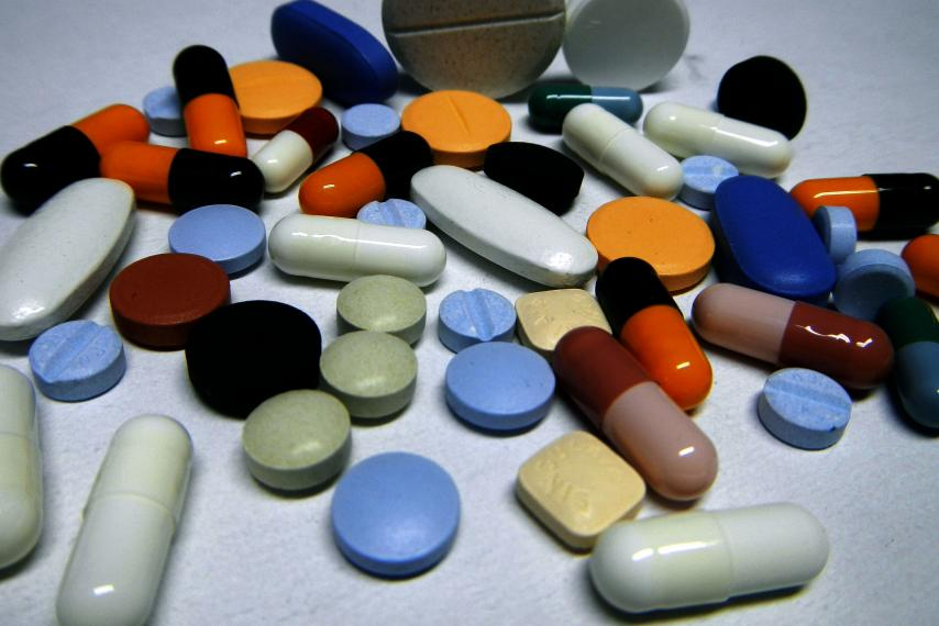 Study: Painkillers May Raise Heart Attack Risks