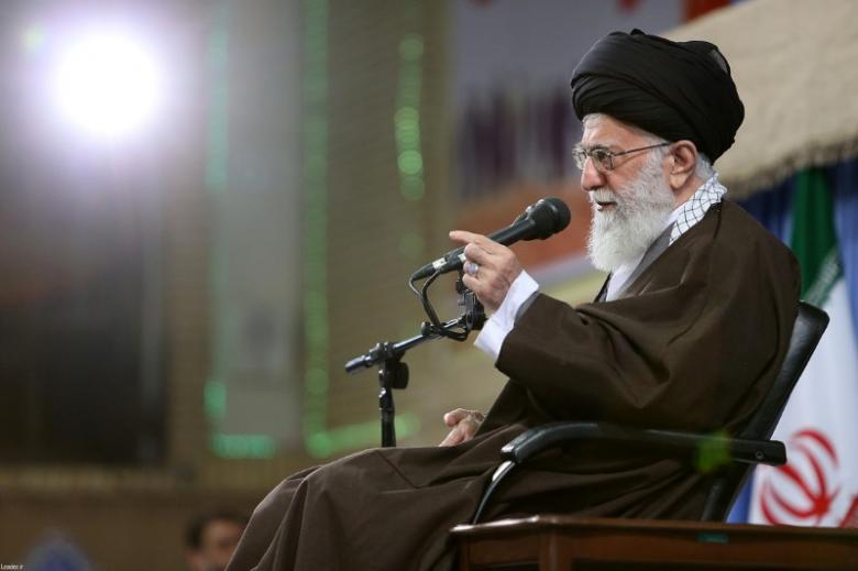 Threat of War Stokes Conflict in Iran