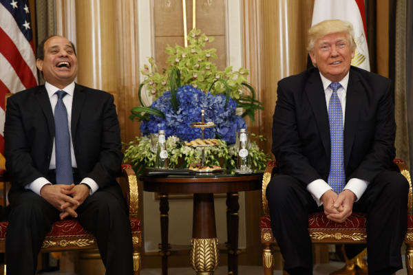 Trump Meets Sisi, Hopes to Visit Egypt
