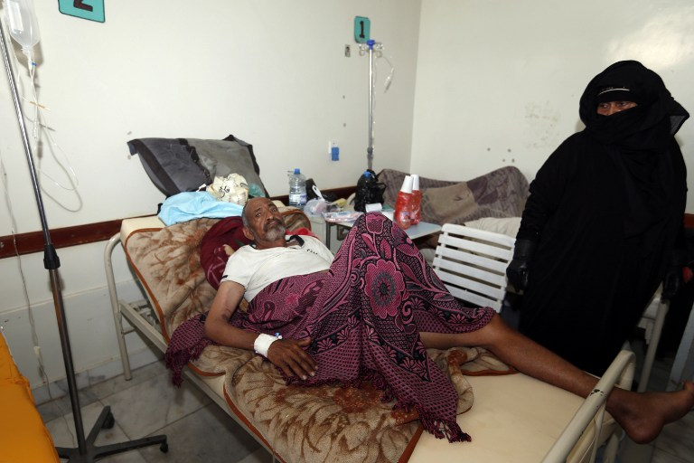 King Salman Relief Center's First Shipment of Cholera Medicine Arrives in Yemen