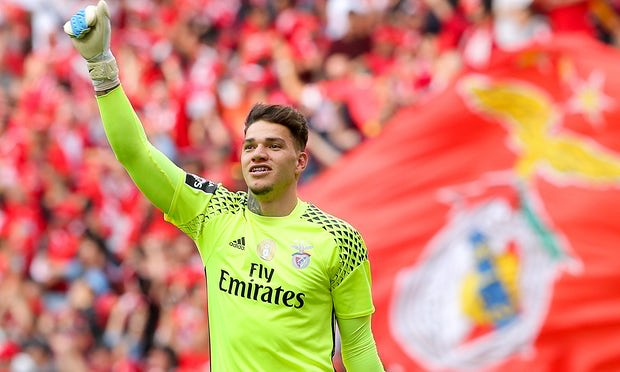 Ederson Arrives at Manchester City with Reputation for Big Boot, Sharp Stopping
