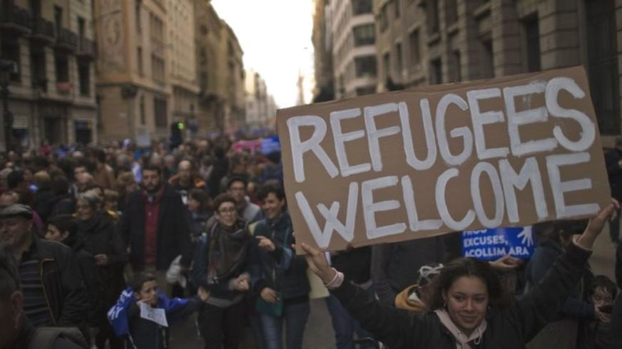 Starbucks to Hire over 2,000 Refugees in Europe in Five Years