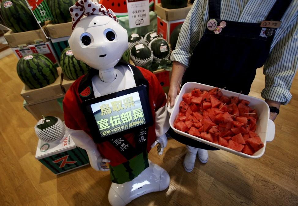 Robot 'Emma' Dances with Dementia Patients in Berlin