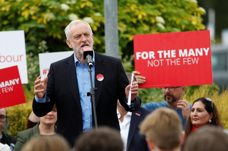 UK Elections Caught up Between May's Wager on Landslide Win, Corbyn's Rising Popularity