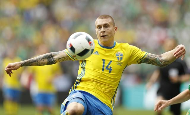 'Iceman' Victor Lindelof Can Bring Calm and Class to Manchester United's Defense