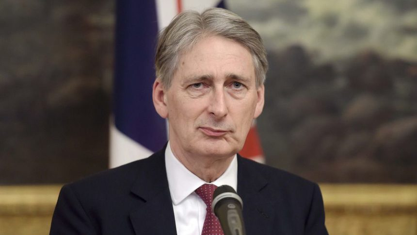 Hammond Acknowledges Govt. Difference: UK Will Pay Brexit Debts