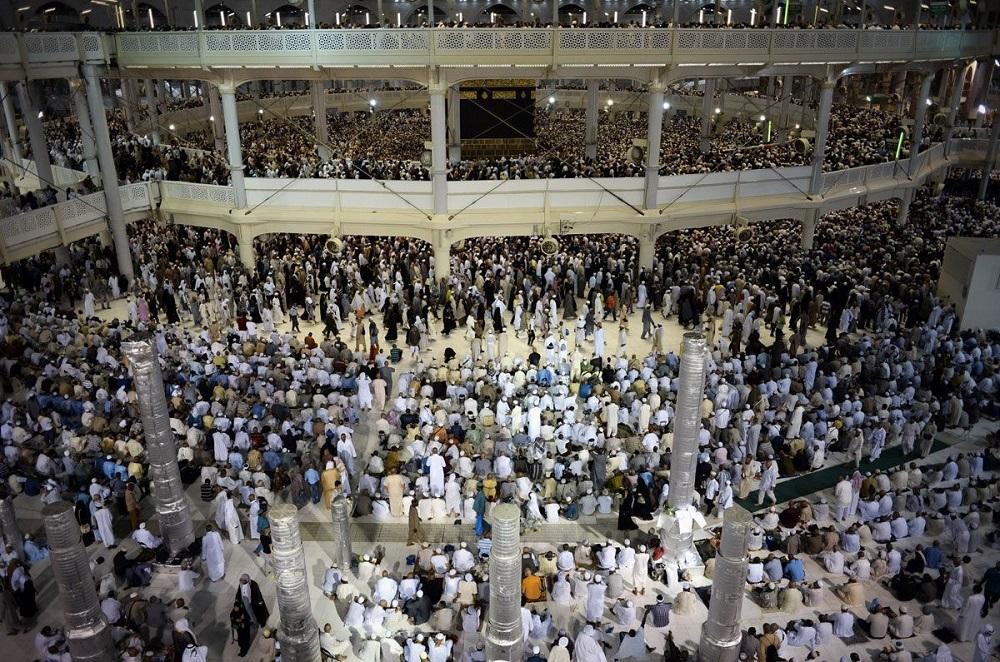 First of Iranian Hajj Pilgrims Arrive in Saudi Arabia