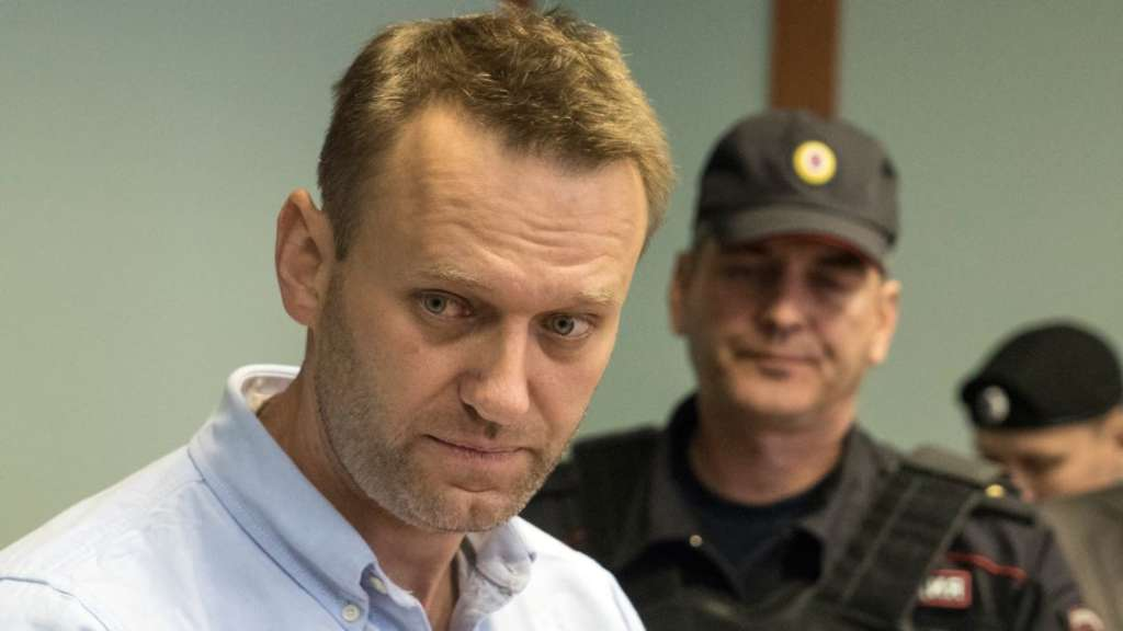 Russia Opposition Leader Navalny Released from Jail after 25-Day Stint