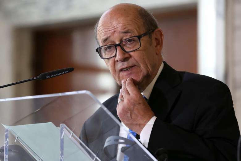 Le Drian in Jeddah to Tackle Qatar's Crisis