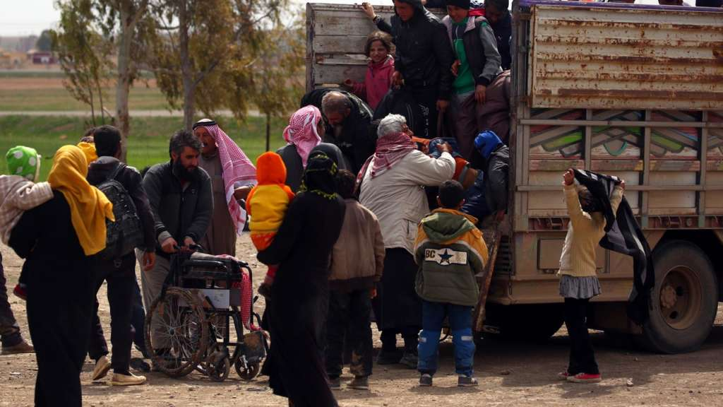 Syrian Families Hope to Reunite after Fleeing Raqqa